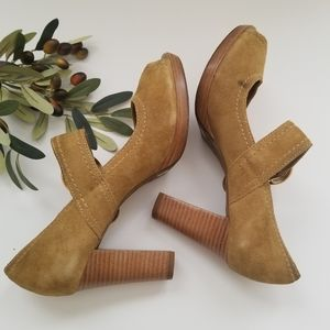 Antonio Melani Mary Jane Heels size 9